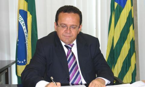 Presidente do TJ-PI acolhe pedido de reconsideração do Sindsjus/PI e manda pagar a 1ª parcela do 13º